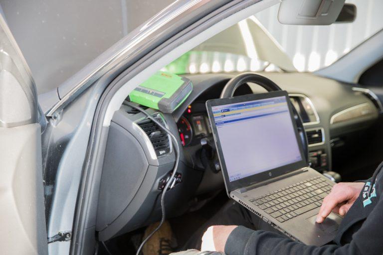huittisten specialmotors oy autohuolto autokorjaamo ajoneuvodiagnostiikka hs-motors.com
