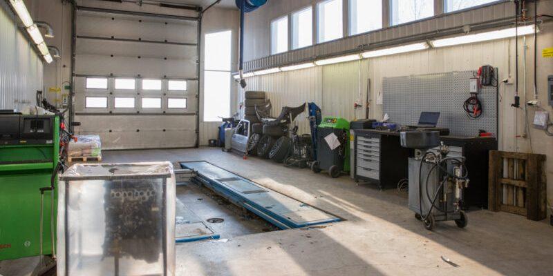 huittisten specialmotors oy uudet toimitilat autohuolto korjauspalvelut varaosat myynti hs-motors.com
